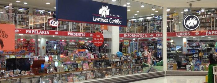 Livrarias Curitiba is one of Lieux qui ont plu à Elis.