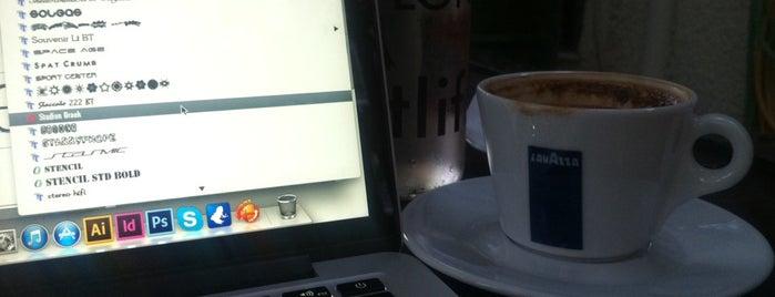 Σκουριά is one of Cafe in Athens.