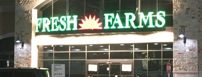 Fresh Farms is one of สถานที่ที่ Jenn ถูกใจ.