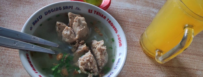 Es Teller Tanjung Anom & Baso Daging Sapi is one of The most favorite foods in Surabaya.