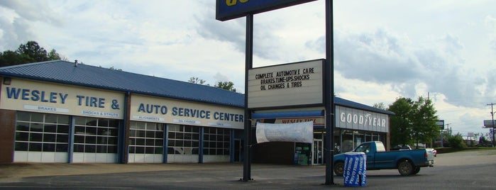 Wesley Tire & Auto Center, Inc. is one of สถานที่ที่ Daron ถูกใจ.