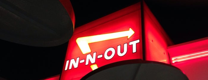 In-N-Out Burger is one of LA Guide for Arabs ;).