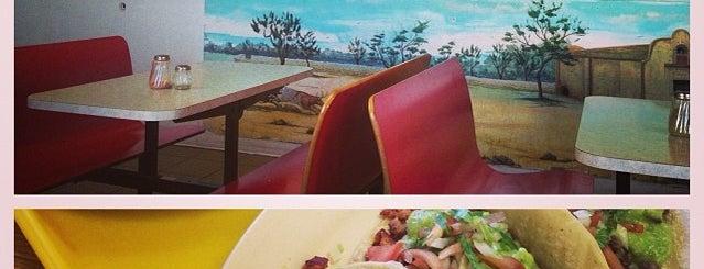 Santa Rosa Taco Shop is one of Tempat yang Disukai Autumn.
