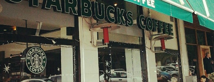 Starbucks is one of Stelios 님이 좋아한 장소.