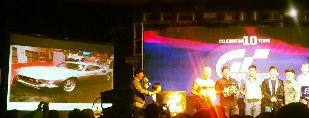 Rain Nightclub is one of Best clubs in Vegas.