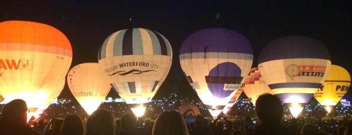 Bristol Balloon Fiesta 7-10 Aug 2014 is one of Görülmesi Gereken Mekanlar.