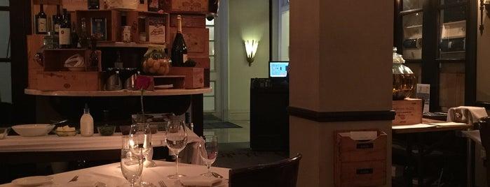 Il Mulino is one of Lugares favoritos de Chris.