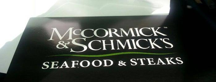 McCormick & Schmick's Seafood & Steak is one of Hampton Roads Spots.