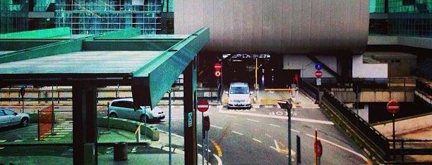 Aeroporto de Milão Malpensa (MXP) is one of Airports (around the world).