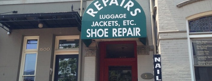 Corrective Shoe Repair is one of Orte, die John gefallen.