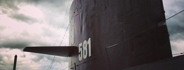 USS Blueback is one of Andrew: сохраненные места.