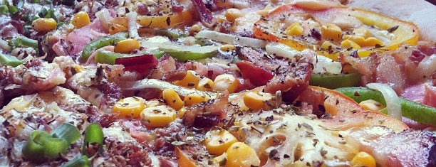 Pizza Scuola is one of Bares e restaurantes BH.