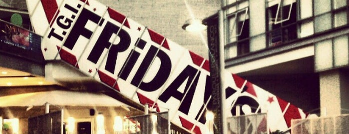 T.G.I. Friday's is one of Locais curtidos por Armando.
