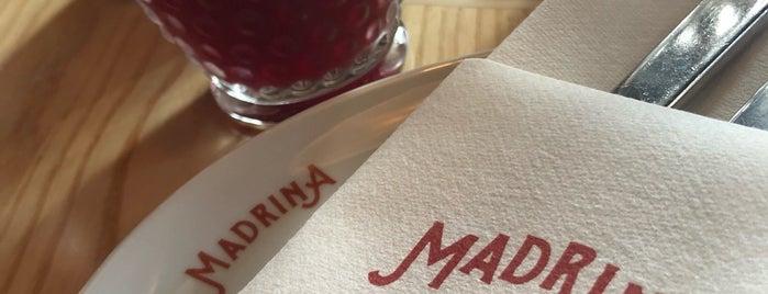 Madrina Bar y Tapas is one of Alled'in Beğendiği Mekanlar.