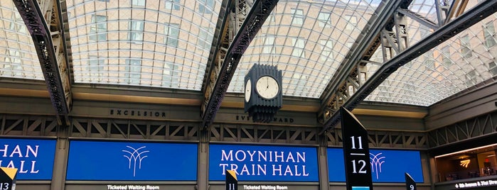 Moynihan Train Hall is one of Anthony'un Beğendiği Mekanlar.