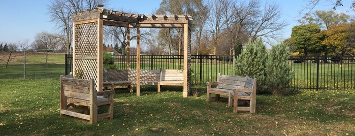 Bowmanville Greenspace is one of Lugares favoritos de Andrew.