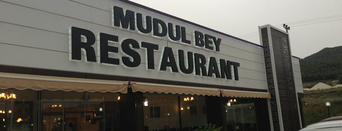 Mudul Bey Restaurant is one of Tempat yang Disukai Funda.