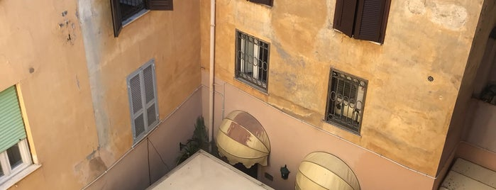 Albergo del Sole al Pantheon is one of Roma.