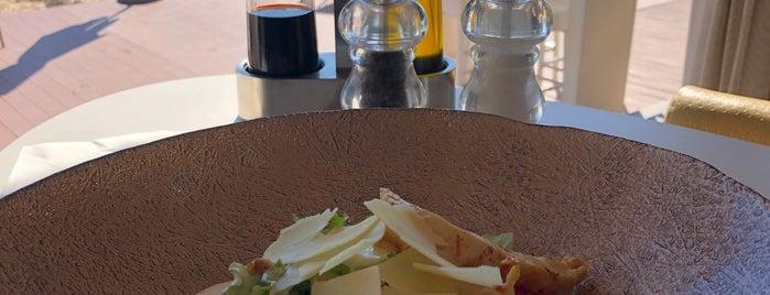BanjeBeach Restaurant is one of For Croatia.