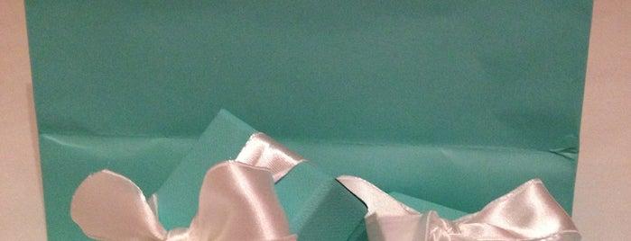 Tiffany & Co. is one of Carlos'un Beğendiği Mekanlar.