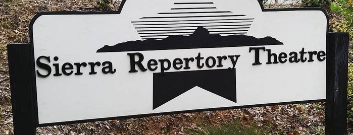 Sierra Repertory Theatre is one of Lilyさんのお気に入りスポット.