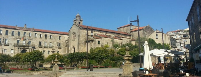 Praza de Ourense is one of Albertoさんのお気に入りスポット.