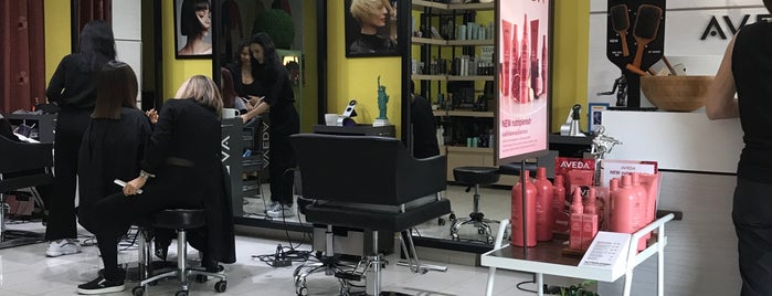 New York Hair Studio is one of Jasonさんの保存済みスポット.