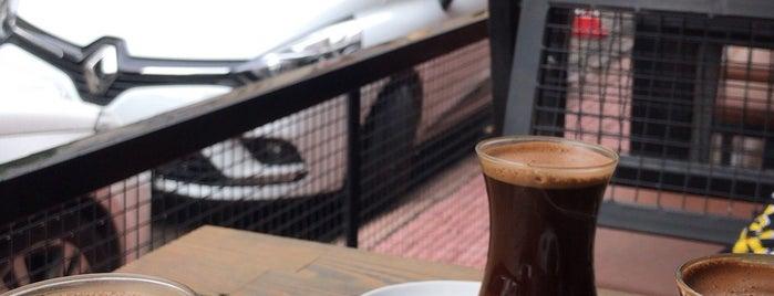 Brew Mood Caffee&Tea is one of #kahvemtermosta mekanları.