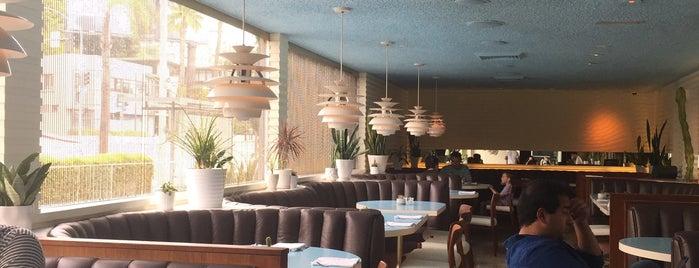 alma restaurant is one of Minnie: сохраненные места.
