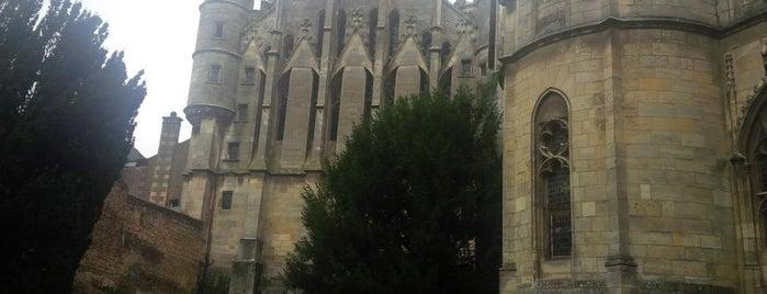 Palais des Comtes du Poitou et Ducs d'Aquitaine is one of Pumkyさんのお気に入りスポット.