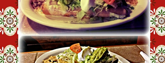 La Fiesta Mexican Grill is one of Lugares favoritos de Tyler.
