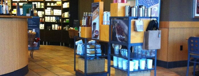 Starbucks is one of Orte, die Ryan gefallen.