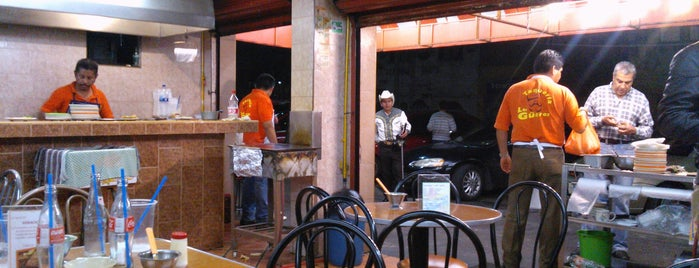 Taqueria Los Güeros is one of LUGARES PENDIENTES.