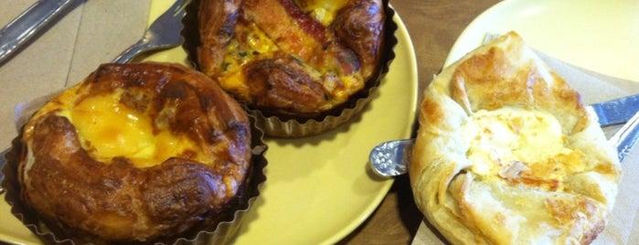Panera Bread is one of Emily : понравившиеся места.