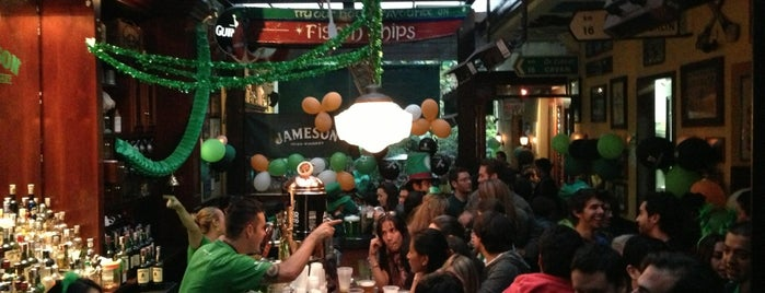The Irish Pub is one of Locais curtidos por Sabrina.