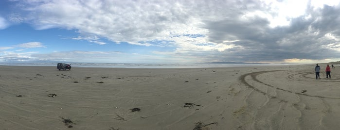 Oreti Beach is one of Nuova Zelanda.
