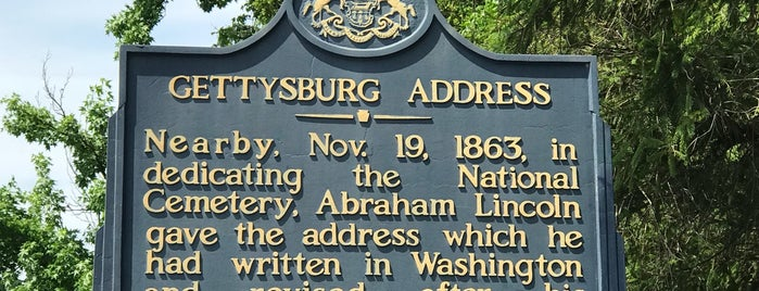 Gettysburg National Military Park Museum and Visitor Center is one of Tempat yang Disukai Stefanie.