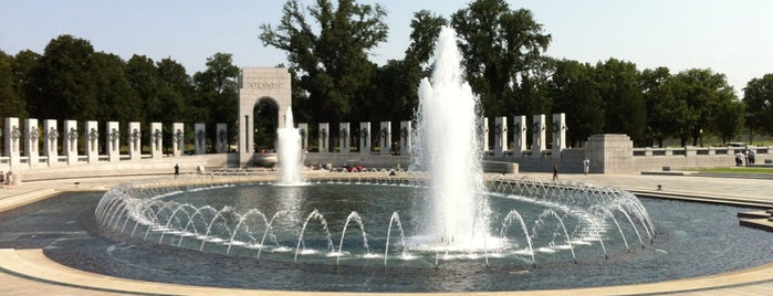 World War II Memorial is one of Washington DC.