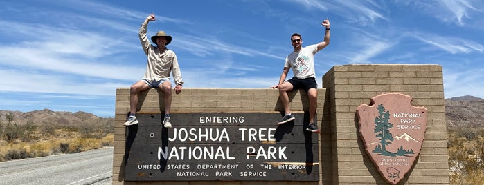 Joshua Tree National Park is one of Palm Springs.