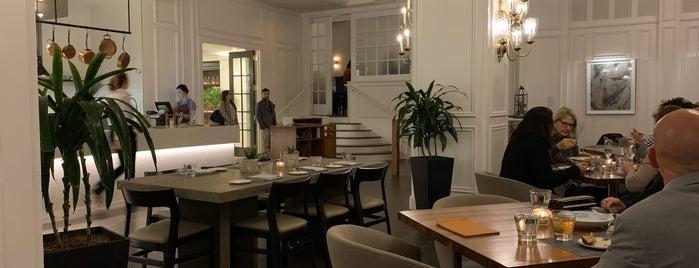 1540 Room is one of savannah.