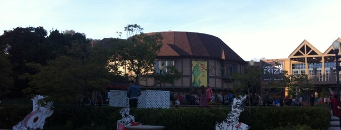 The Old Globe Theatre is one of San Diego Arts + Theatre.