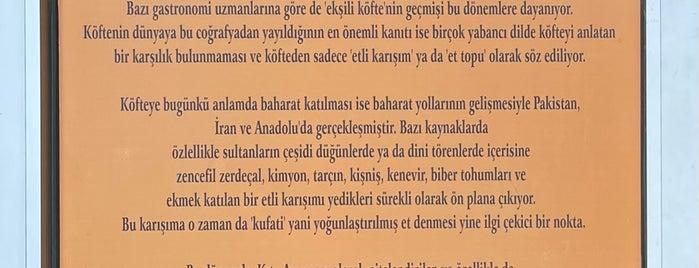 Köfteci Odabaşlar (Kavacık) is one of Mekânlar.