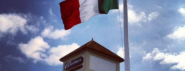 Calandra's Italian Village is one of Tempat yang Disukai IS.