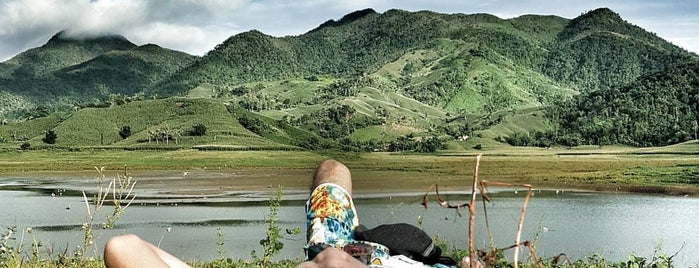 Alapasco Lake is one of Philippines.