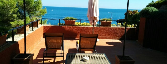 Il Pellicano Hotel is one of Fred and Joanne's Europe Trip Fall 2014.