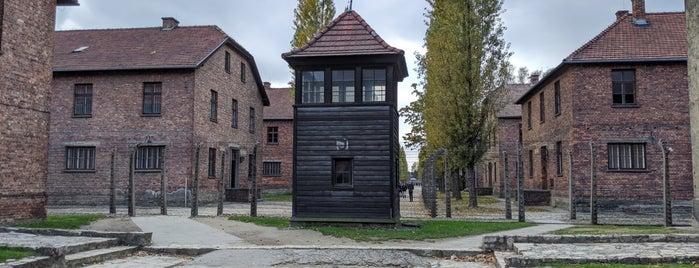 Auschwitz I - Former Concentration Camp is one of Locais curtidos por Mike.