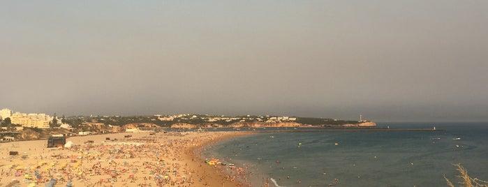 Miradouro 3 Castelos is one of Algarve.