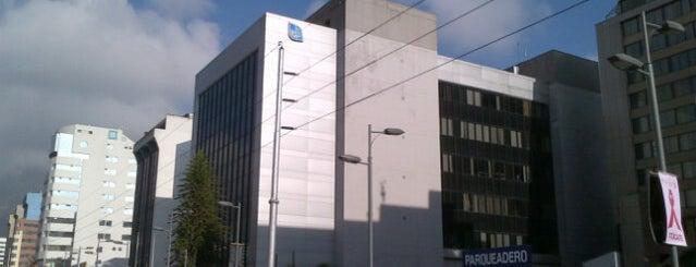 Banco del Pacifico is one of Locais curtidos por Juan.