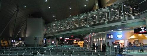 マイアミ国際空港 (MIA) is one of MIAMI.