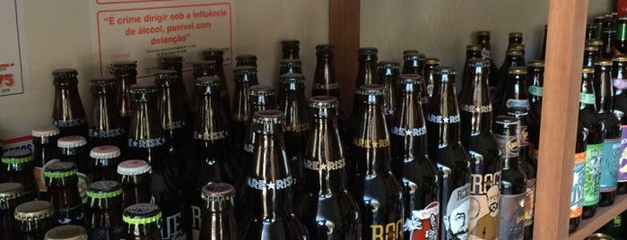 Bottled Dog is one of Preciso visitar - Loja/Bar - Cervejas de Verdade.
